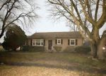 Foreclosed Home en SHARPS RD, Warsaw, VA - 22572