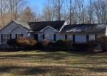 Foreclosed Home en OAK CREEK RD, Palmyra, VA - 22963