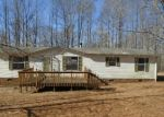 Foreclosed Home en PINE TOP LN, Critz, VA - 24082