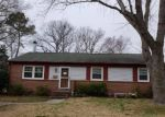 Foreclosed Home en EASTLAWN DR, Hampton, VA - 23664