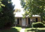 Foreclosed Home en JUNIATA ST, Saint Louis, MO - 63139