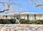 Foreclosed Home en MILLER AVE, Saint Joseph, MO - 64506