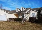 Foreclosed Home en CANTERBURY DR, Troy, MO - 63379