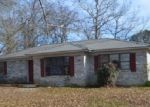 Foreclosed Home en FORREST ST, Malvern, AR - 72104