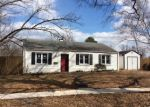 Foreclosed Home en MANNING RD, Glen Burnie, MD - 21061