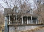 Foreclosed Home en ORCHARD LAGOON DR, Linden, VA - 22642