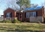 Foreclosed Home en CASHMILL PL, Vesuvius, VA - 24483