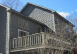 Foreclosed Home en SUSAN DR, Tolland, CT - 06084