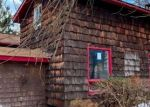 Foreclosed Home en VILLAGE RD, Beach Lake, PA - 18405