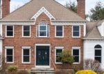 Foreclosed Home en SOCIETY HILL RD, Danbury, CT - 06811