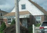 Foreclosed Home en FLORENCE AVE, Hempstead, NY - 11550