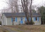 Foreclosed Home en BERRY MOUNTAIN LN, Madison, VA - 22727