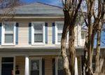 Foreclosed Home en LOCUST AVE, Hampton, VA - 23661