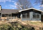 Foreclosed Home en W BELL ST, Springfield, MO - 65803