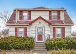 Foreclosed Home en N 9TH AVE, Maywood, IL - 60153