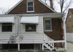 Foreclosed Home en S EDBROOKE AVE, Riverdale, IL - 60827