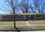 Foreclosed Home en FOREST DR, Streamwood, IL - 60107
