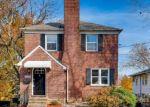 Foreclosed Home en LAVENDER AVE, Parkville, MD - 21234