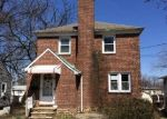 Foreclosed Home en LAVENDER AVE, Parkville, MD - 21234