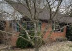 Foreclosed Home en CRESTMONT DR, Aliquippa, PA - 15001