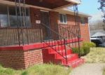 Foreclosed Home en CLEARFIELD PL, Capitol Heights, MD - 20743