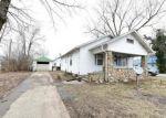 Foreclosed Home en MCNAIR ST, Versailles, MO - 65084