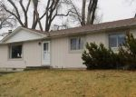Foreclosed Home en RIVERVIEW RD, Riverton, WY - 82501
