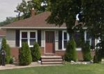 Foreclosed Home en RONALD DR, Eastlake, OH - 44095