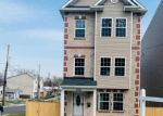 Foreclosed Home en SHERIFF RD NE, Washington, DC - 20019