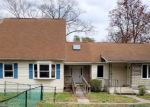 Foreclosed Home en BELHAVEN AVE, Pasadena, MD - 21122