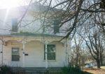 Foreclosed Home en E GREEN ST, Clinton, MO - 64735