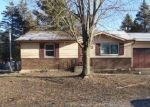 Foreclosed Home en SWISHER ST, Dowagiac, MI - 49047