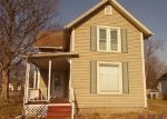 Foreclosed Home en 8TH ST, Three Rivers, MI - 49093