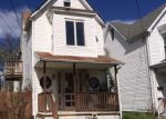 Foreclosed Home en WRENWOOD AVE, Baltimore, MD - 21212