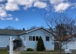 Foreclosed Home en IVY RD, Mastic Beach, NY - 11951
