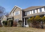 Foreclosed Home en ASPEN LN, Monroe, CT - 06468