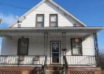 Foreclosed Home en ELWOOD ST, Uniontown, PA - 15401