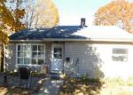 Foreclosed Home en NORTH ST, Oakville, CT - 06779