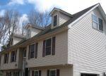 Foreclosed Home en APACHE TRL, Dingmans Ferry, PA - 18328