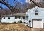 Foreclosed Home en WARREN AVE, Naugatuck, CT - 06770