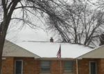 Foreclosed Home en W VAN BECK AVE, Milwaukee, WI - 53220