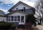 Foreclosed Home en HECKER AVE, Rockford, IL - 61103
