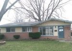 Foreclosed Home en VAN LAWN ST, Westland, MI - 48186