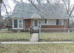 Foreclosed Home en ONANDAGO ST, Ypsilanti, MI - 48198