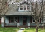Foreclosed Home en 4TH ST NE, Pulaski, VA - 24301