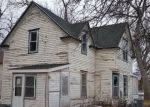 Foreclosed Home en E HARRY ST, Castlewood, SD - 57223