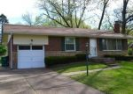 Foreclosed Home en CUTLER DR, Saint Louis, MO - 63137