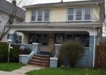 Foreclosed Home en PAXTON RD, Cleveland, OH - 44108