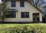 Foreclosed Home en ELSMERE AVE, Dayton, OH - 45406