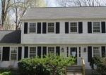Foreclosed Home en GODMAN RD, Madison, CT - 06443